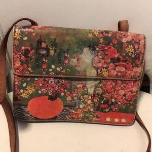 Icon Leather crossbody bag